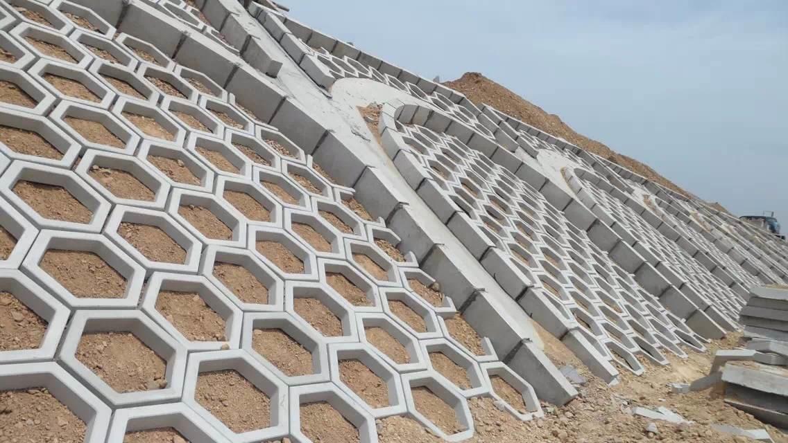 包头护坡砖施工案例